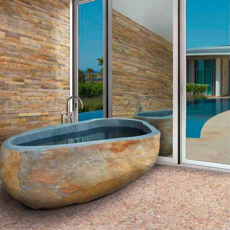 Badewanne aus Naturstein